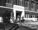 Hargreaves Library, students on steps